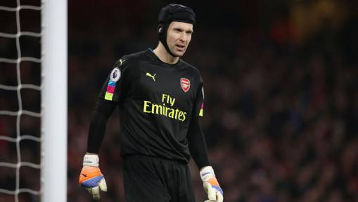 Wrong Way! Twitter Trolls Arsenal's Petr Cech After Poor Penalty Saving Record Grew Against Stoke