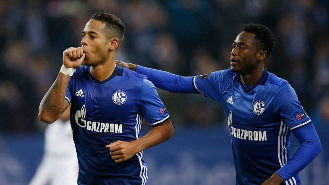 Everton want to sign on-loan Chelsea defender Baba Rahman