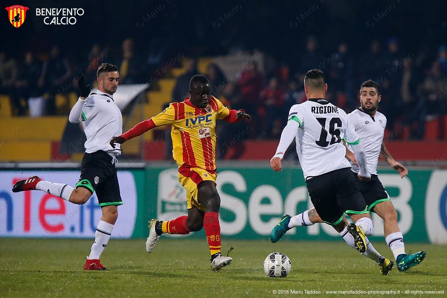Ghanaian duo Raman Chibsah and Bright Gyamfi combine to win game for Benevento in Italian Serie B