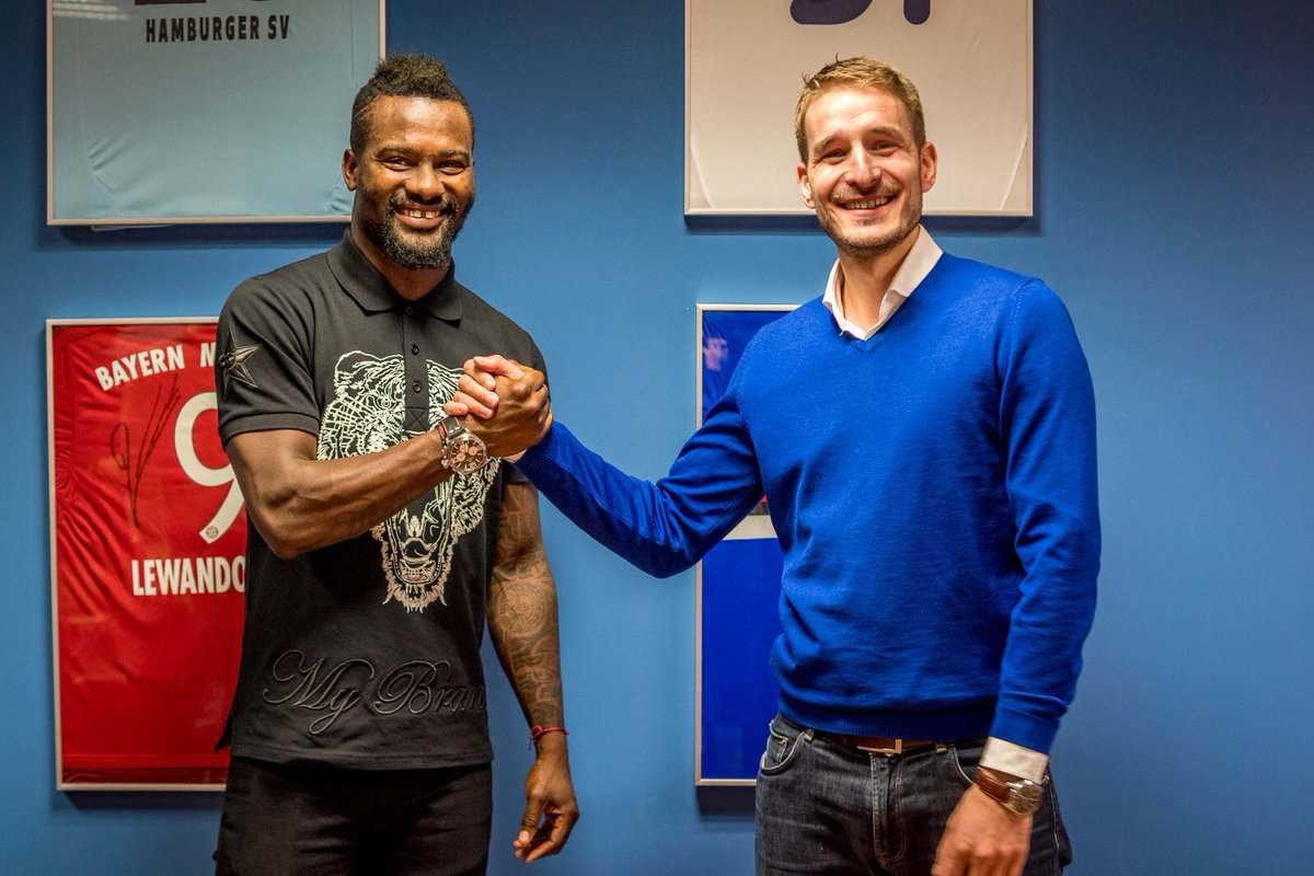 In-form Aziz Tetteh signs contract extension with Polish giants Lech Poznan