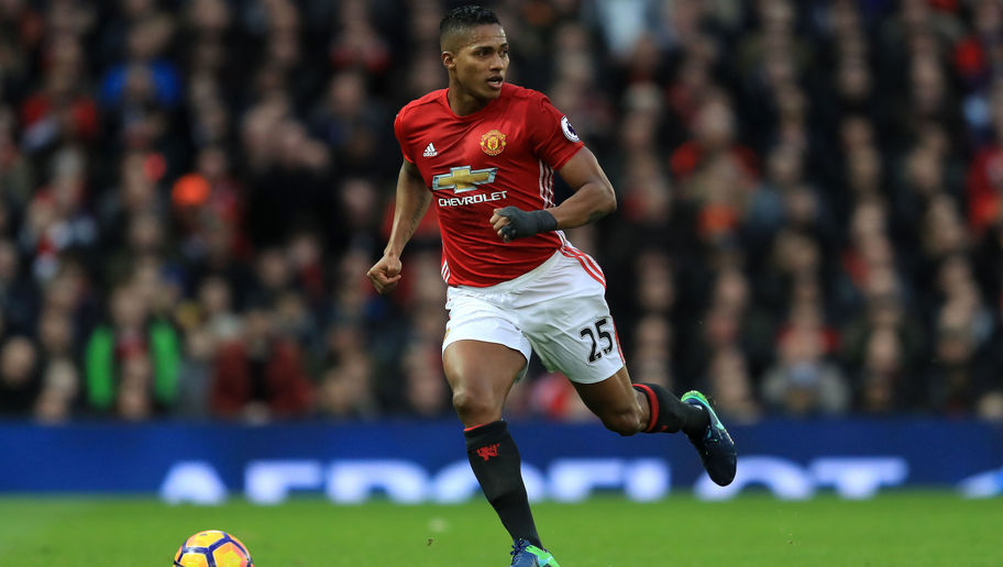 Manchester United Trigger 1-Year Contract Extension for Right-Back Antonio Valencia