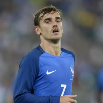 MANCHESTER UNITED plan 3-digit million euros summer bid for GRIEZMANN