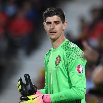 REAL MADRID - Chelsea top goalie COURTOIS says yes for next summer