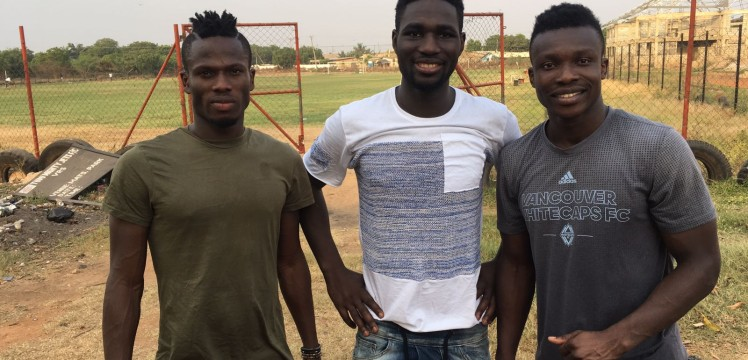 Ex-Inter Allies players based abroad visit club's training ground