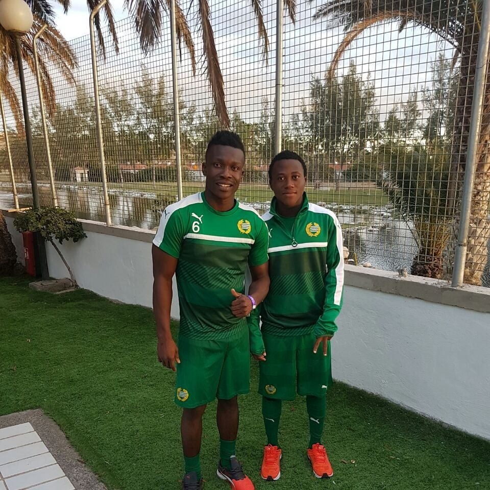 Abdul-Halik Hudu meets former Inter Allies mate Joseph Aidoo during Hammarby IF observation