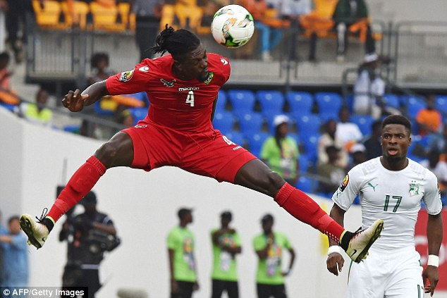Togo coach Claude Le Roy hails  'unbelievable' Emmanuel Adebayor