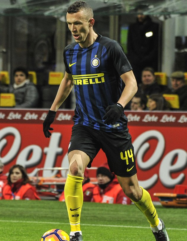 Inter Milan chief Ausilio confident keeping Perisic away from Man Utd
