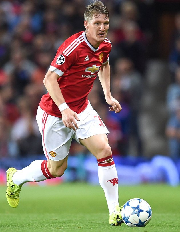 Man Utd midfielder Schweinsteiger: 'Round of 16, here we come!'