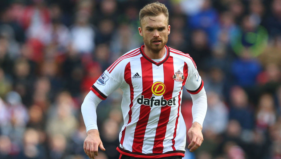 David Moyes and Sunderland Hold Their Breath Over Returning Defensive Midfielder