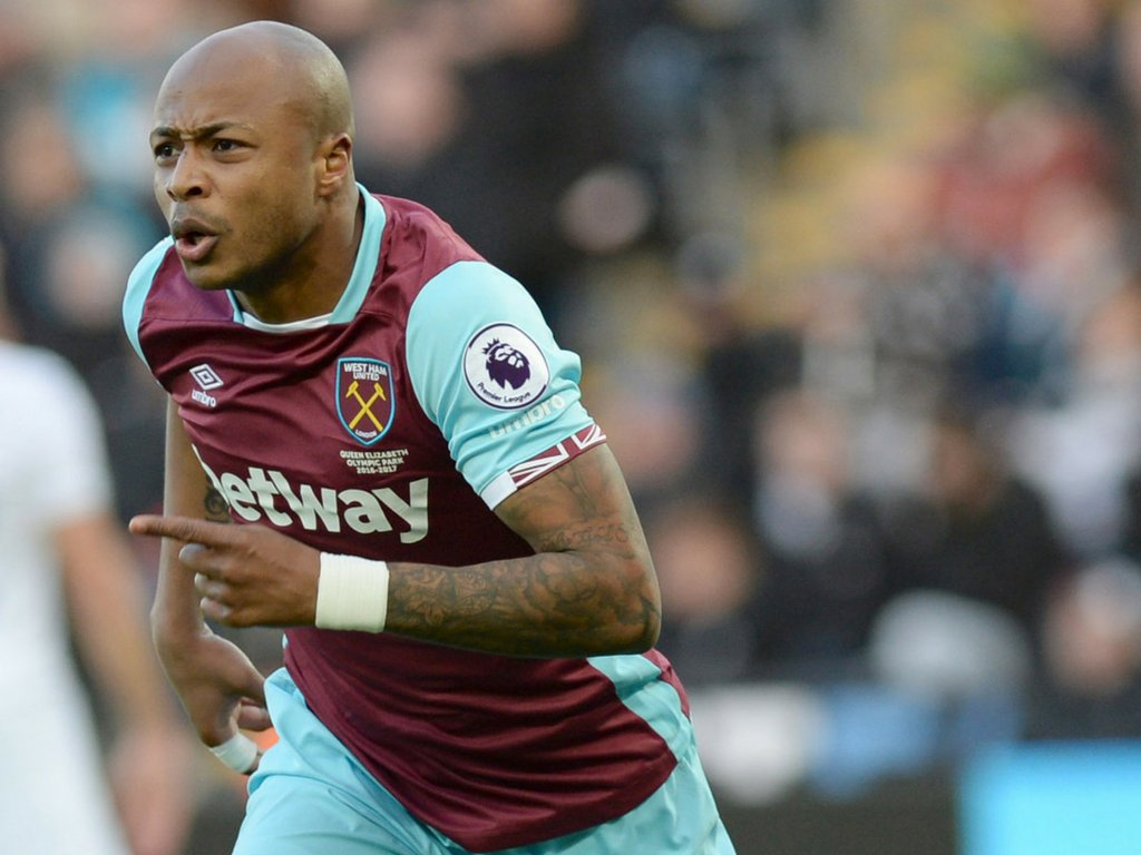 VIDEO: Andre Ayew training with some of his West Ham team mates in London