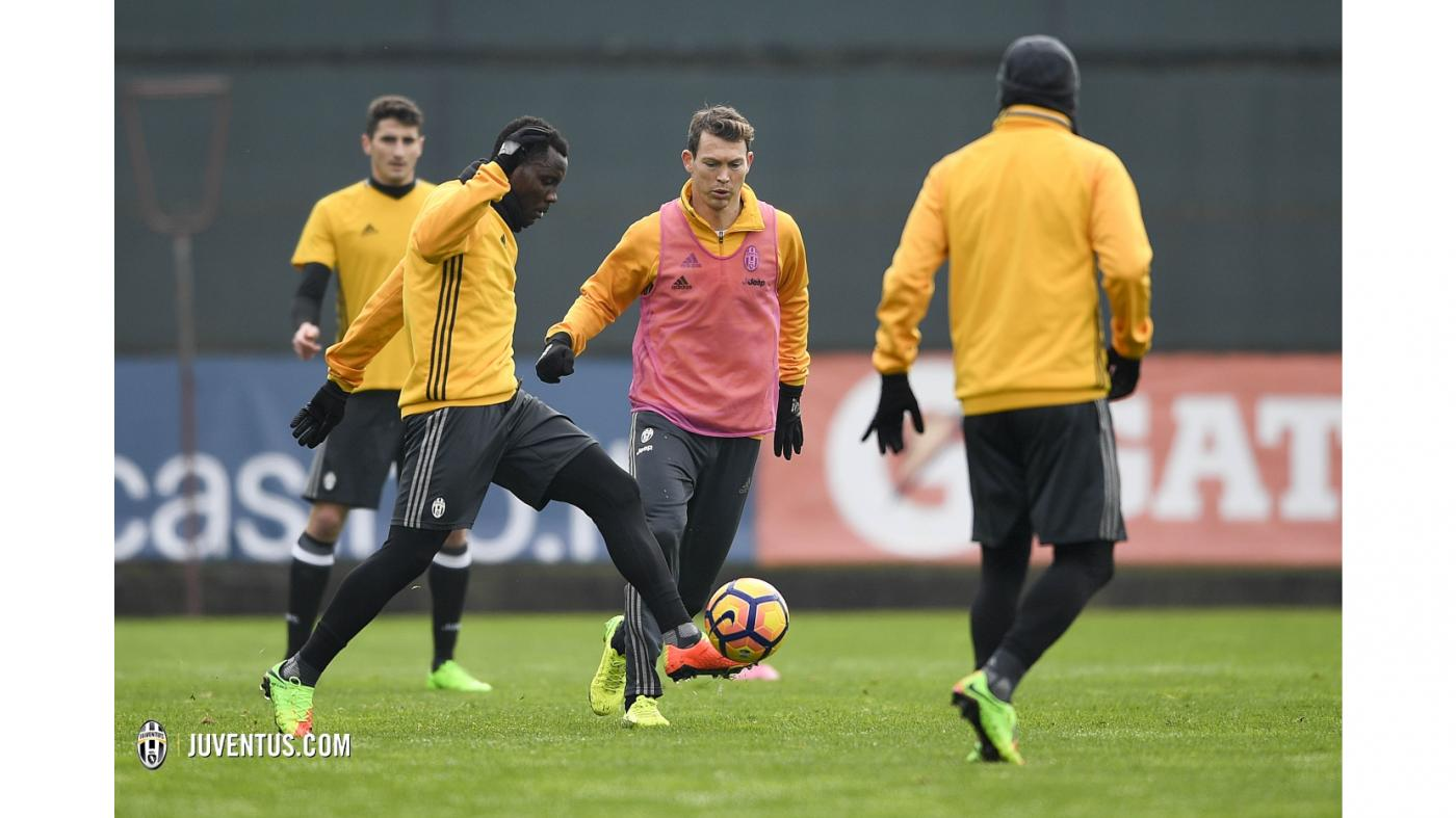 Fit again Kwadwo Asamoah training with his Juventus team mates