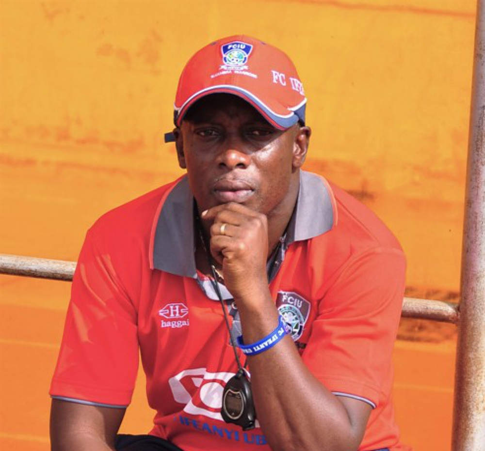 Yaw Preko facing the SACK at Nigerian side Ifeanyi Ubah