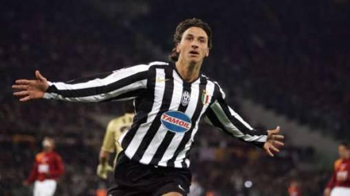 the latest 9b71b 46f88 Ibrahimovic: Galliani unstitched Scudetto shield from Inter ...