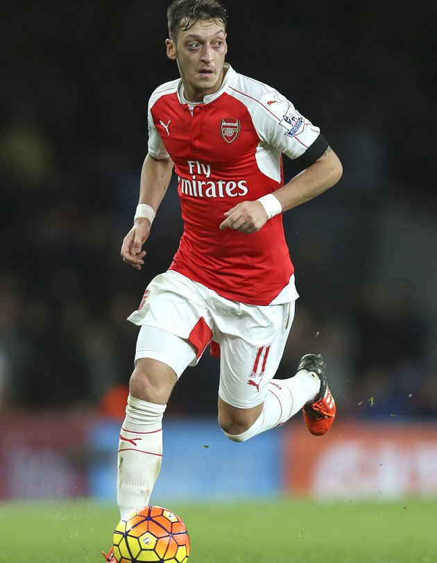 Arsenal midfielder Mesut Ozil: We struggle with self-belief
