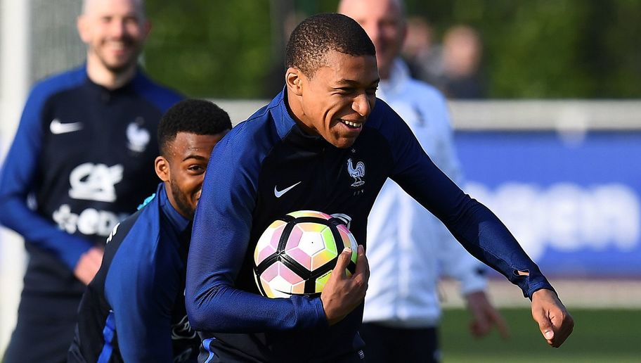 Diego Costa Claims He's Impressed With 'Phenomenon' Kylian Mbappe Ahead of Spain vs France Friendly
