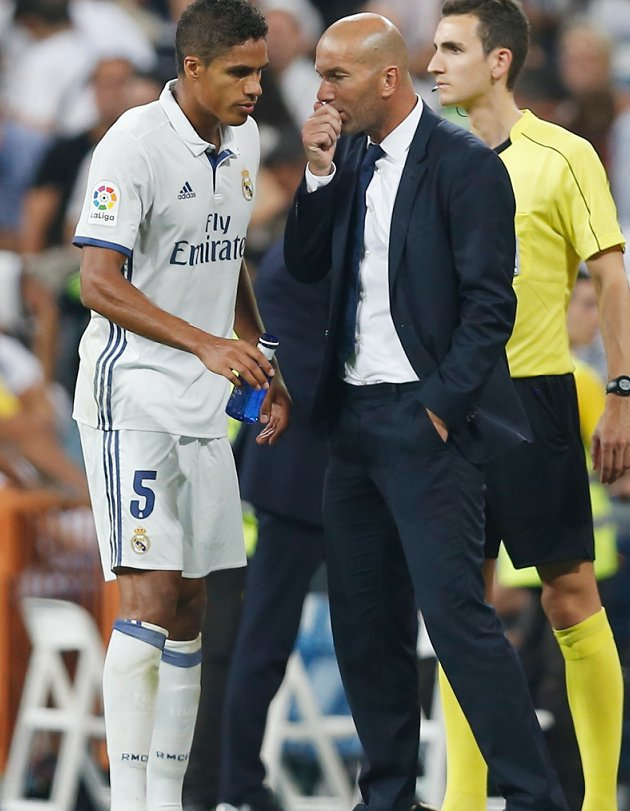 Man Utd boss Mourinho pushing Varane angle