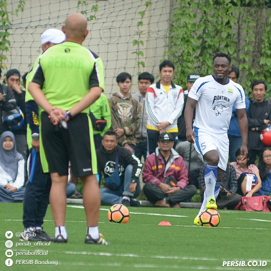 Pictures: Michael Essien unveiled to fans of Indonesian side Persib Bandung