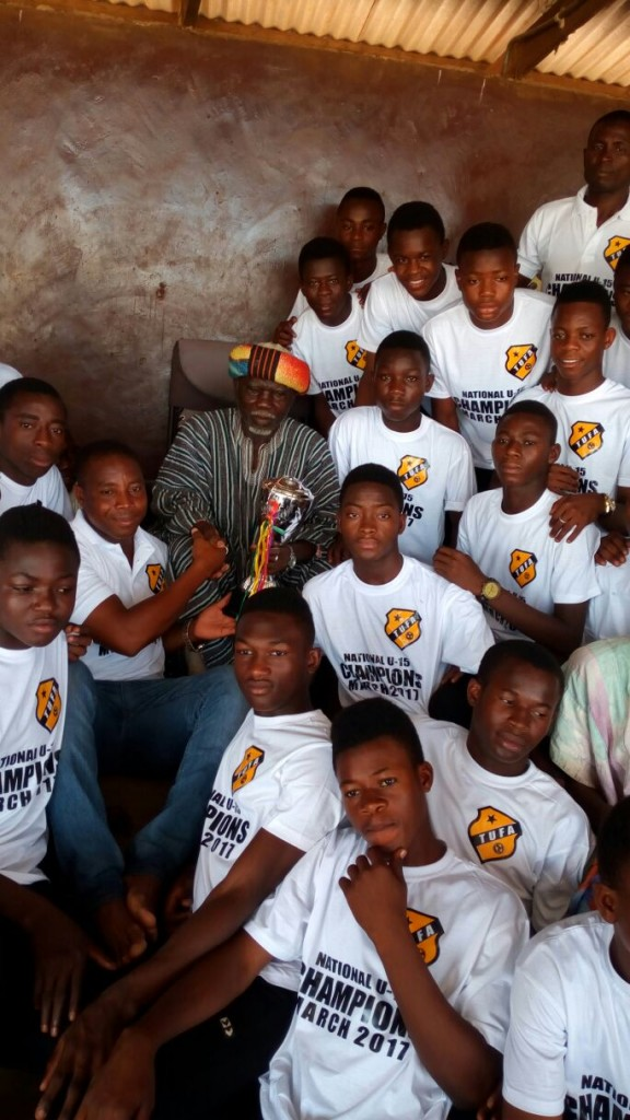 National U15 champions Tamale Utrecht pay courtesy calls on Tamale chiefs with glittering trophy
