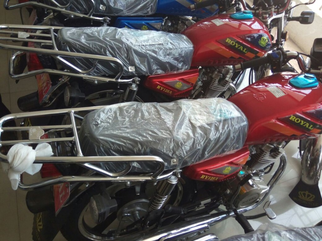 Former Kotoko Executive Chairman Dr. K.K Sarpong hands GARCC two motorbikes to honour promise
