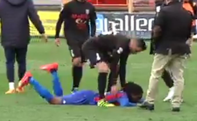 Ghanaian midfielder Richard Boateng weeps uncontrollably after Extremadura near-misses