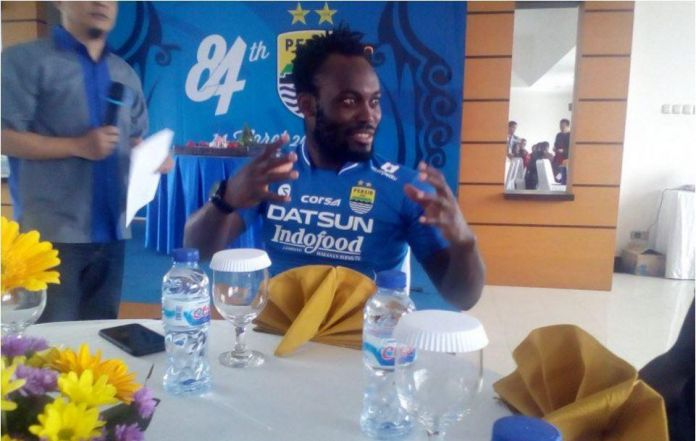 VIDEO: Former Ghana star Michael Essien talks about his arrival in Indonesia to play for Persib Bandung