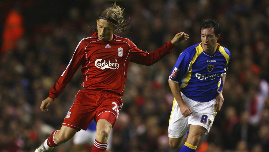 Long-Serving Reds Star Lucas Leiva Reveals the Difficulties He Faced in His Early Years in the EPL