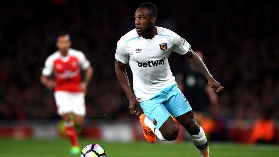 West Ham Issue Hands Off Warning to Chelsea Over Contract Rebel Michail Antonio