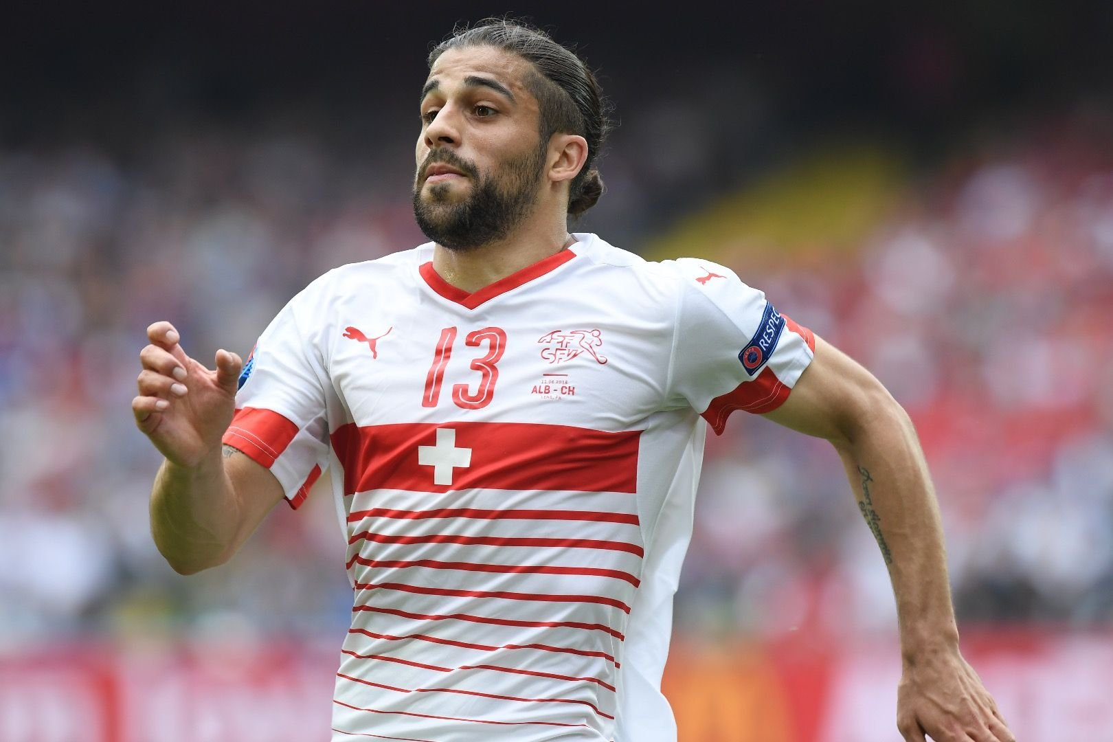 Schalke chasing Ricardo Rodriguez to compete with Baba Rahman