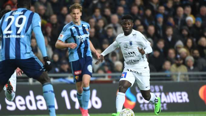Video: Watch Ghanaian sensation Kingsley Sarfo scoring two goals to destroy Swedish giants Djurgarden on his debut