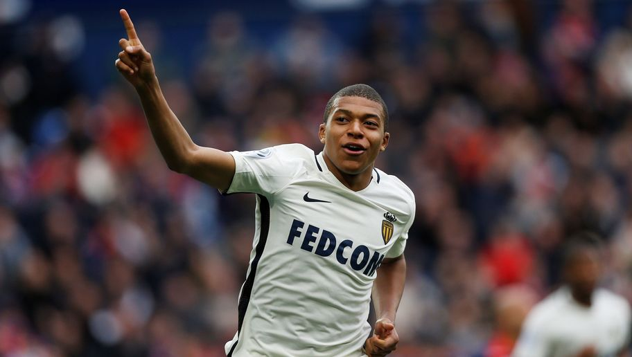 Kylian Mbappe Fires Message to His Summer Suitors in Tactical Change of His Twitter Header
