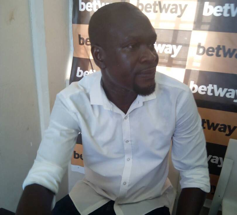 AshantiGold coach Charles Akunnor optimistic of win against Aduana Stars