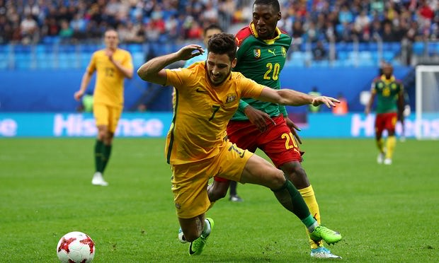 Cameroon and Australia draw to leave both close to Confederations Cup exit