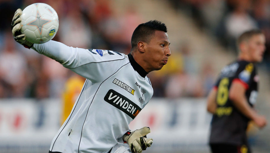Everton Looking to Sign Vitesse Goalkeeper Eloy Room to Replace the Outgoing Joel Robles