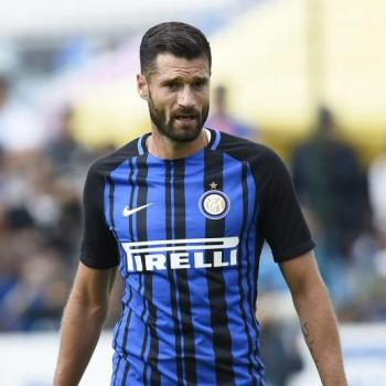 CHELSEA planning cash bid for CANDREVA
