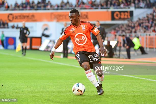 English Premier League duo West Brom and Burnley in the hunt for Majeed Waris