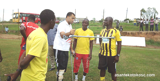Asante Kotoko coach Steve Pollack and team manager Ablordey visit training ground in clutches