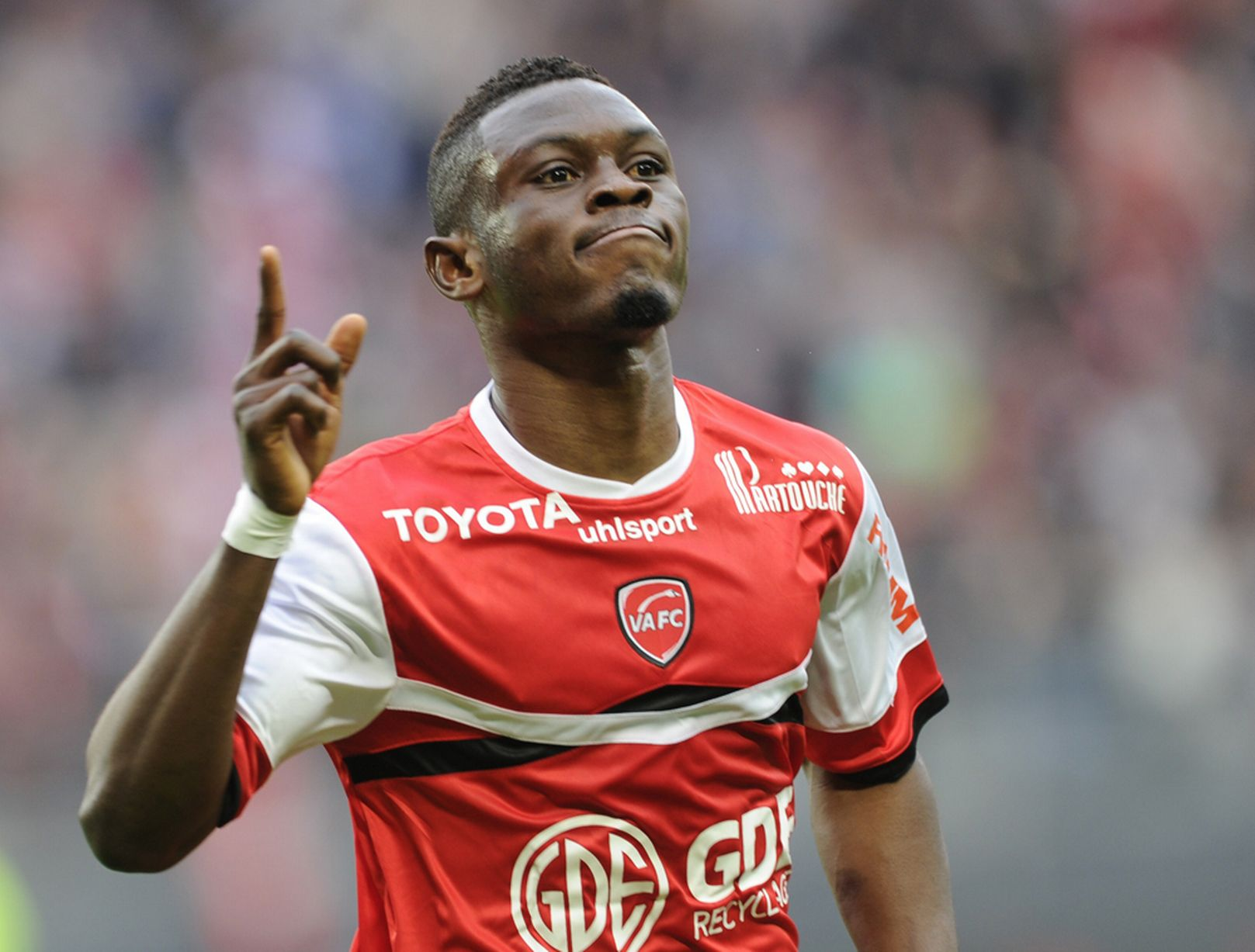 West Ham United interested in Lorient striker Majeed Waris