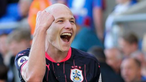 Mooy key in Huddersfield's shock win, Ryan powerless to stop Man City
