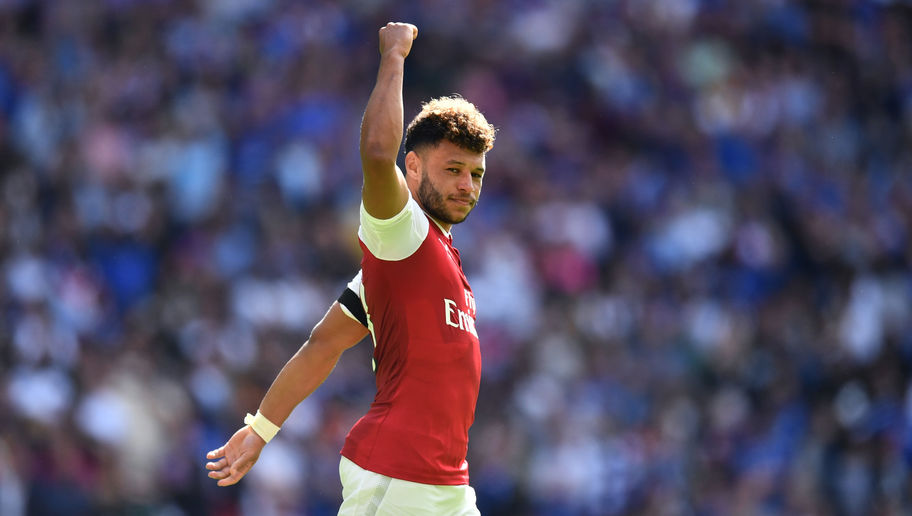 Arsenal Boss Arsene Wenger Insists Alex Oxlade-Chamberlain Will Stay at Club Amid Chelsea Interest