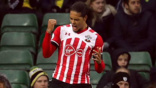 Southampton boss wants defenders regardless of Virgil van Dijk's future