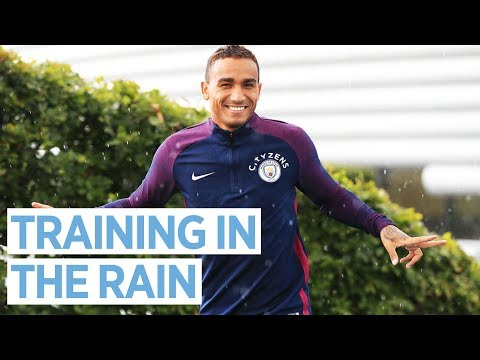 FANCY FODEN SKILLS AHEAD OF EVERTON | City Training