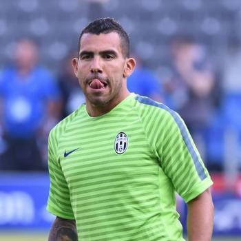 SHANGHAI SHENHUA fans pushing TEVEZ towards Boca Juniors comeback
