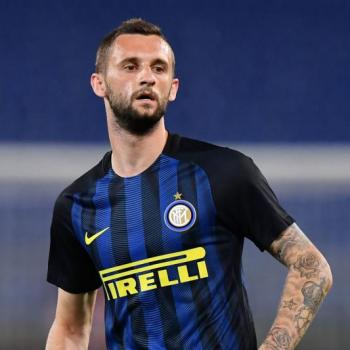 ARSENAL in talks with Inter Milan on BROZOVIC