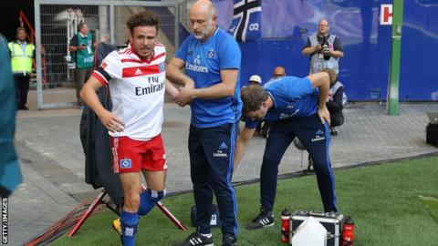 Hamburg winger Muller ruled out for SEVEN MONTHS after rupturing knee in goal celebration