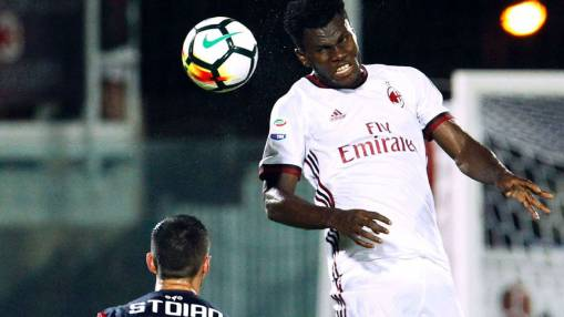 Kessie, Cutrone, Suso in form as Milan begins Serie A campaign with win