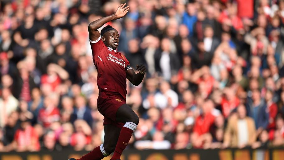 Jurgen Klopp Hails 'Striker' Sadio Mane After Laughing Off Barcelona Transfer Links
