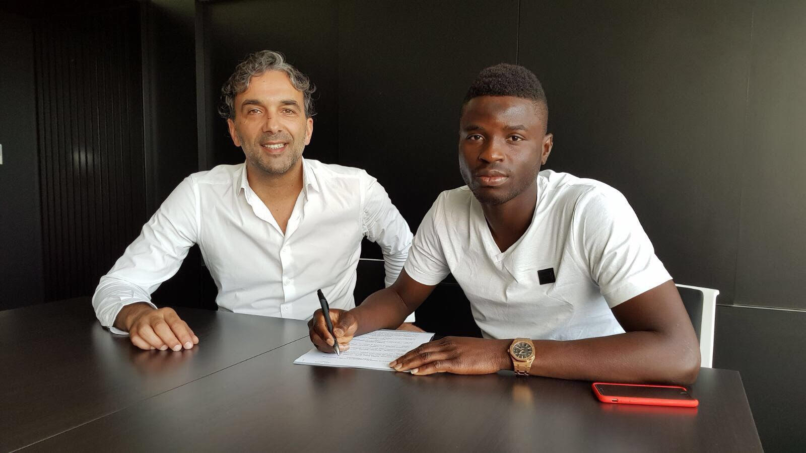 Ghanaian midfielder Alhassan Wakaso signs new Vitoria Guimaraes contract