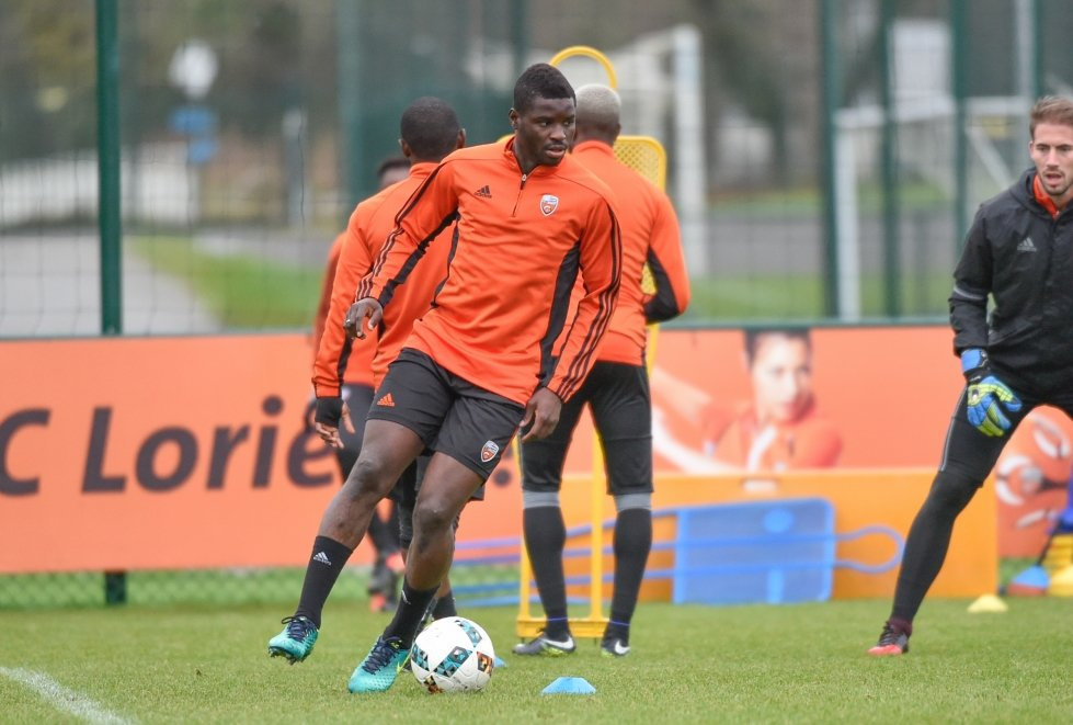 Red star Belgrade submit bid for Lorient's Alhassan Wakaso as clubs circle for want away midfielder