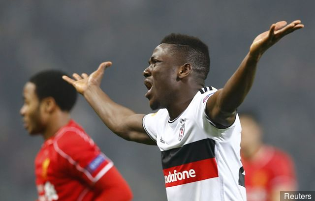 Black Stars defender Daniel Opare endures hard moments in Aubsburg's 3-0 lashing at Bayern Munich