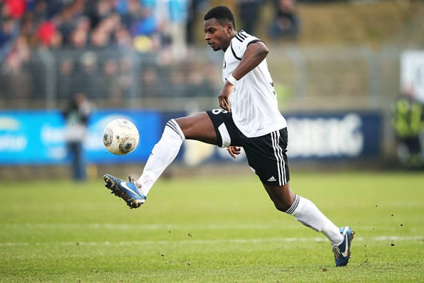 German-born Ghanaian midfielder Jeff Gyasi joins German side SV Dusseldorf-West